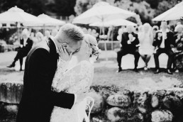 first kiss must have wedding photography