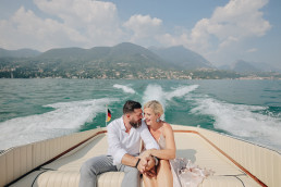 Engagement photo session outfit ideas Lake Garda Italy